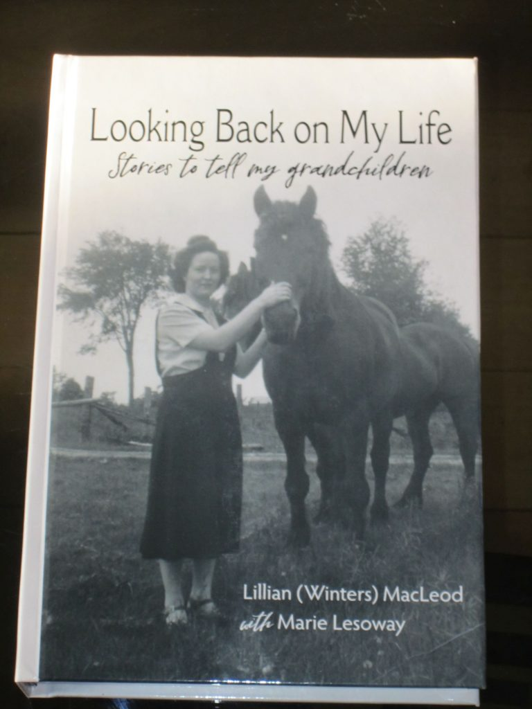 Cover of Looking Back on My Life